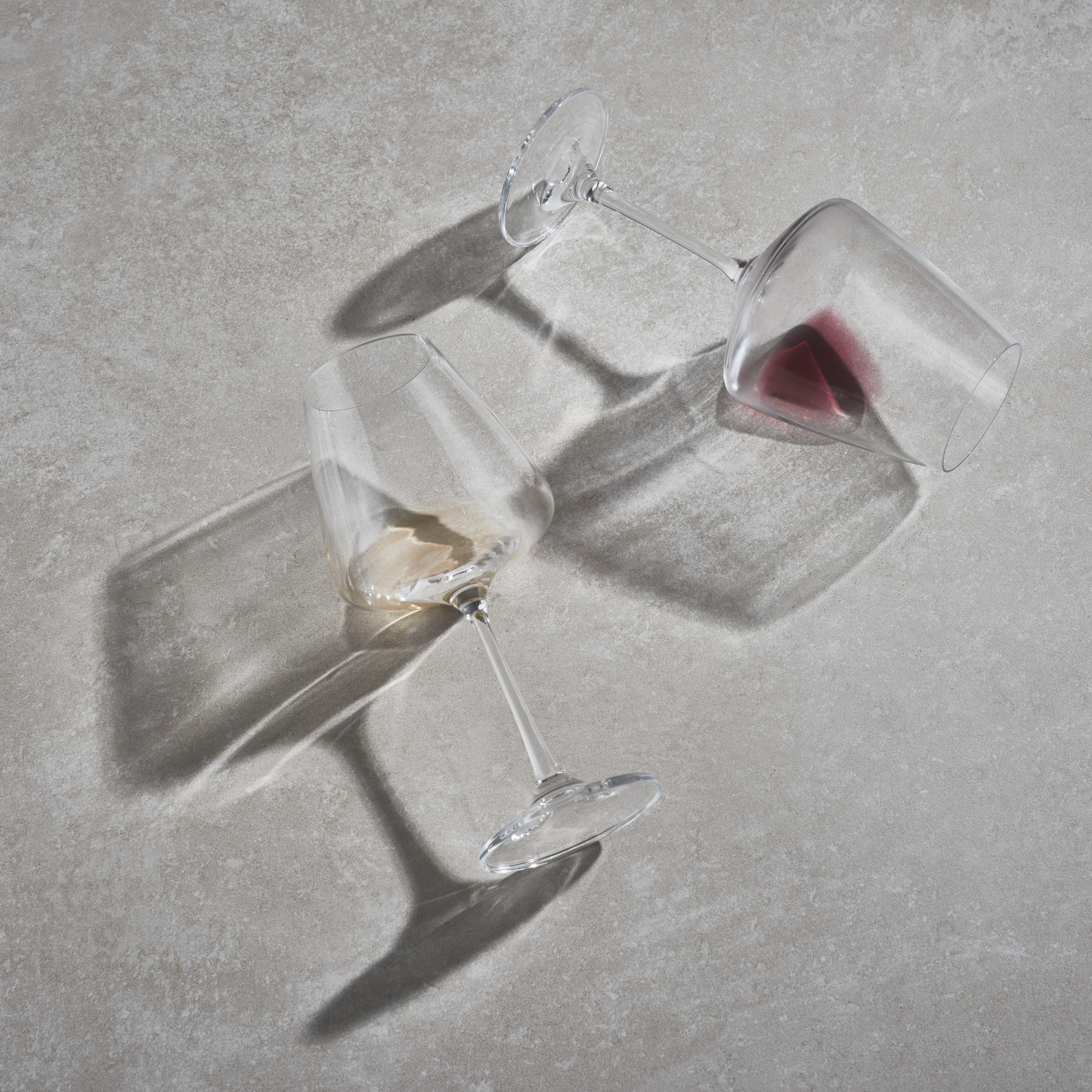 STILL_LIFE_WINE_GLASSES